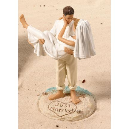 This is the only place I've found this beautiful beach-themed topper!  Wow!